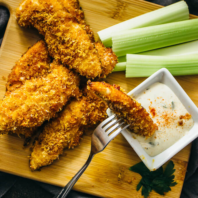 Baked chicken tenders with honey and cayenne