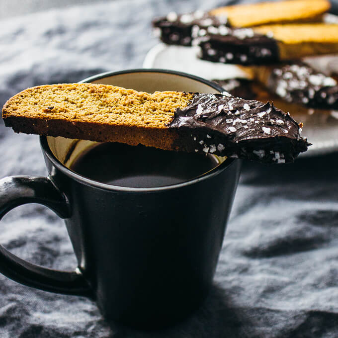 Gingerbread biscotti with chocolate and sea salt
