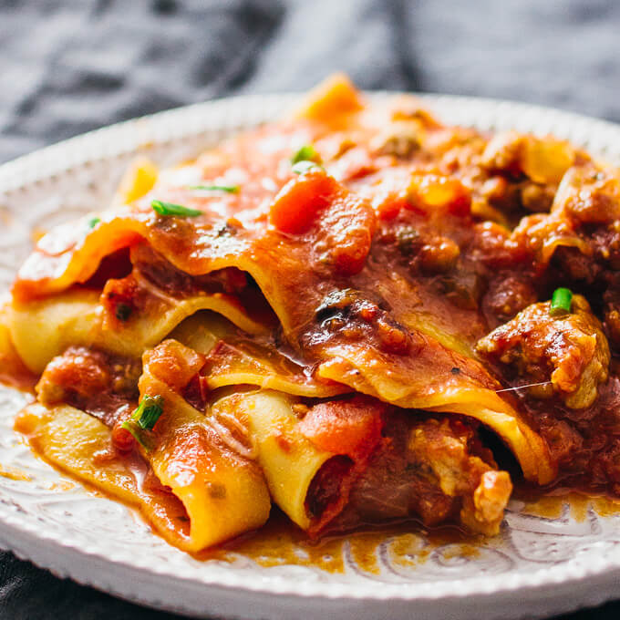 Easy no-bake skillet lasagna