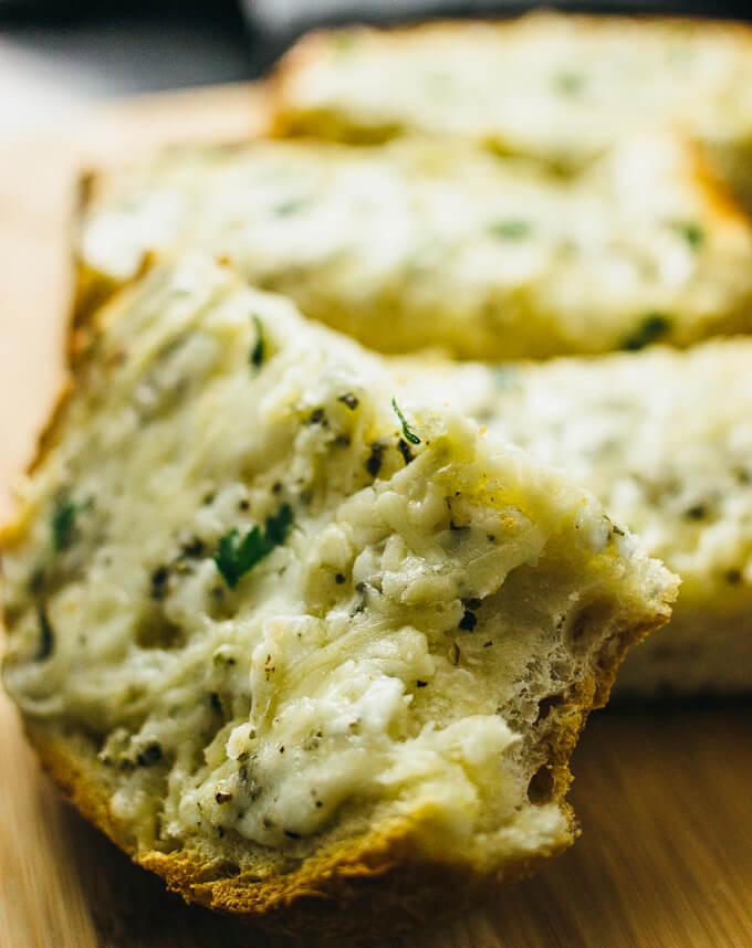 Cheesy oven-baked garlic bread