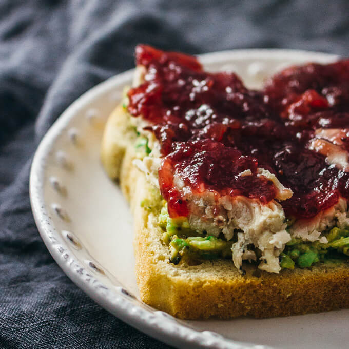 Leftover turkey and cranberry sandwich - savory tooth