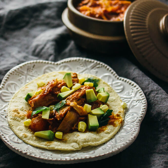 Pineapple chipotle pulled pork tacos (crockpot)