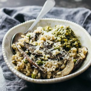 Pesto risotto with portobello mushrooms and peas