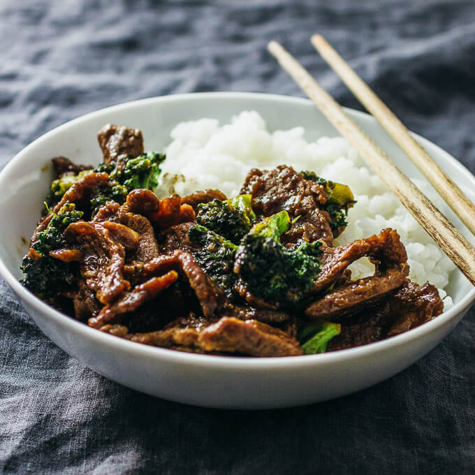 beef and broccoli served with white rice