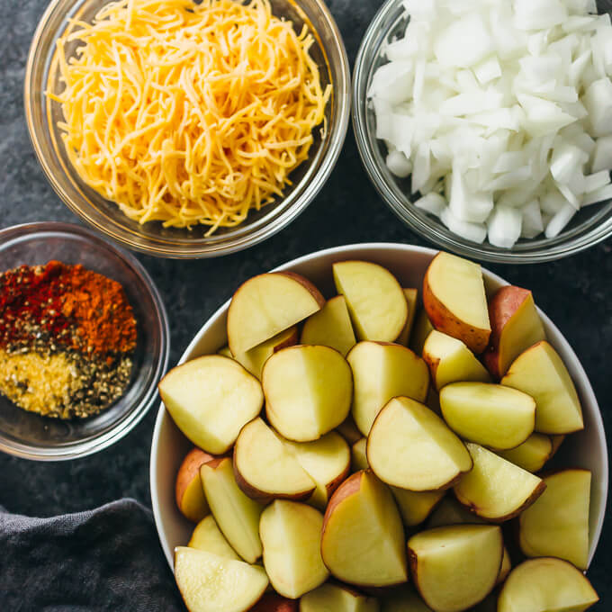 Cajun slow cooker potatoes with bacon and cheddar cheese