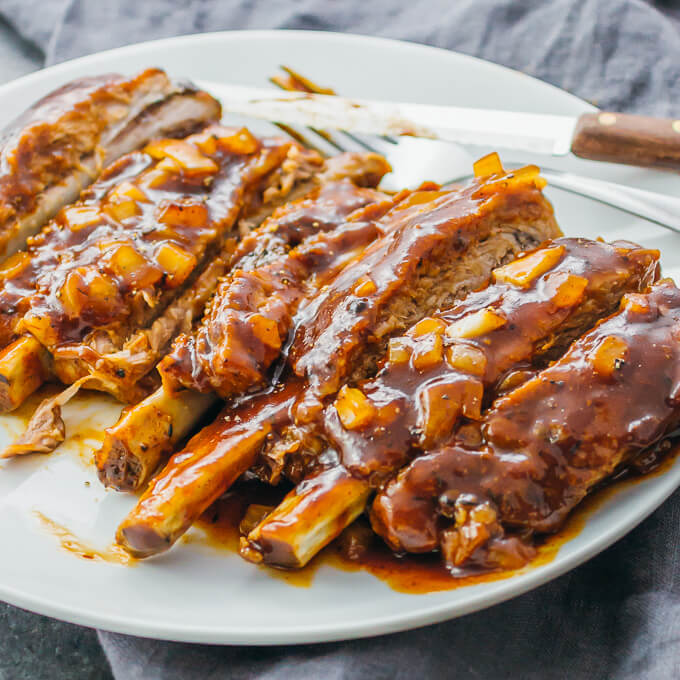 pork ribs with barbecue sauce and onions