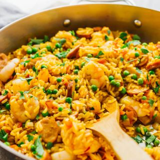 Easy shrimp paella with smoked chicken sausage