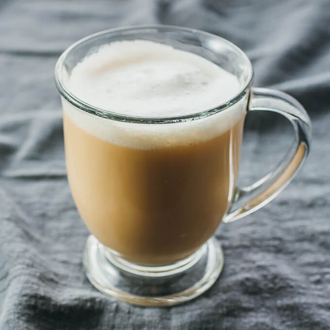 Making a london fog drink (earl grey tea latte) with few calories that's low carb and vegan