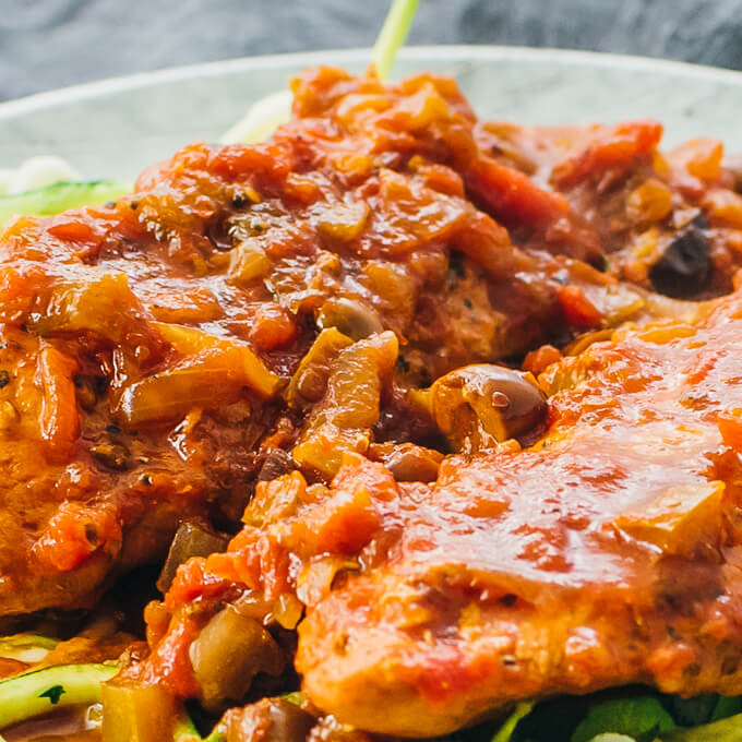 close up view of chicken cacciatore