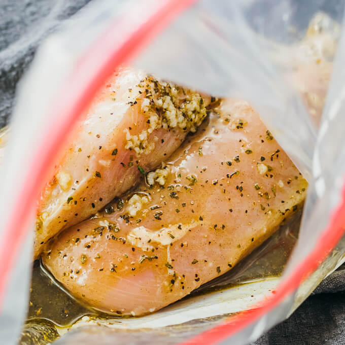 chicken breasts coated with an easy-to-make marinade with greek flavors