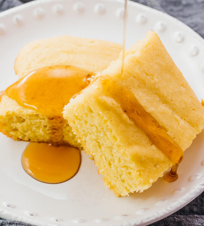 drizzling sugar free syrup over cornbread