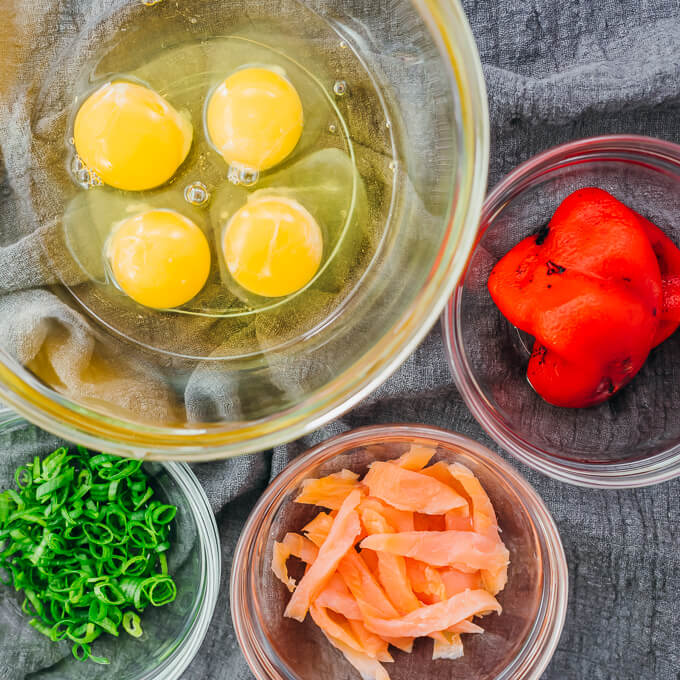 recipe ingredients including eggs, scallions, smoked salmon, and roasted red peppers