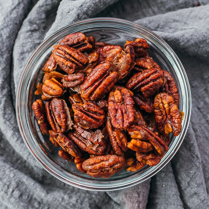 candied pecans in glass bowl