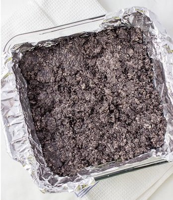 using crushed oreos as a crust